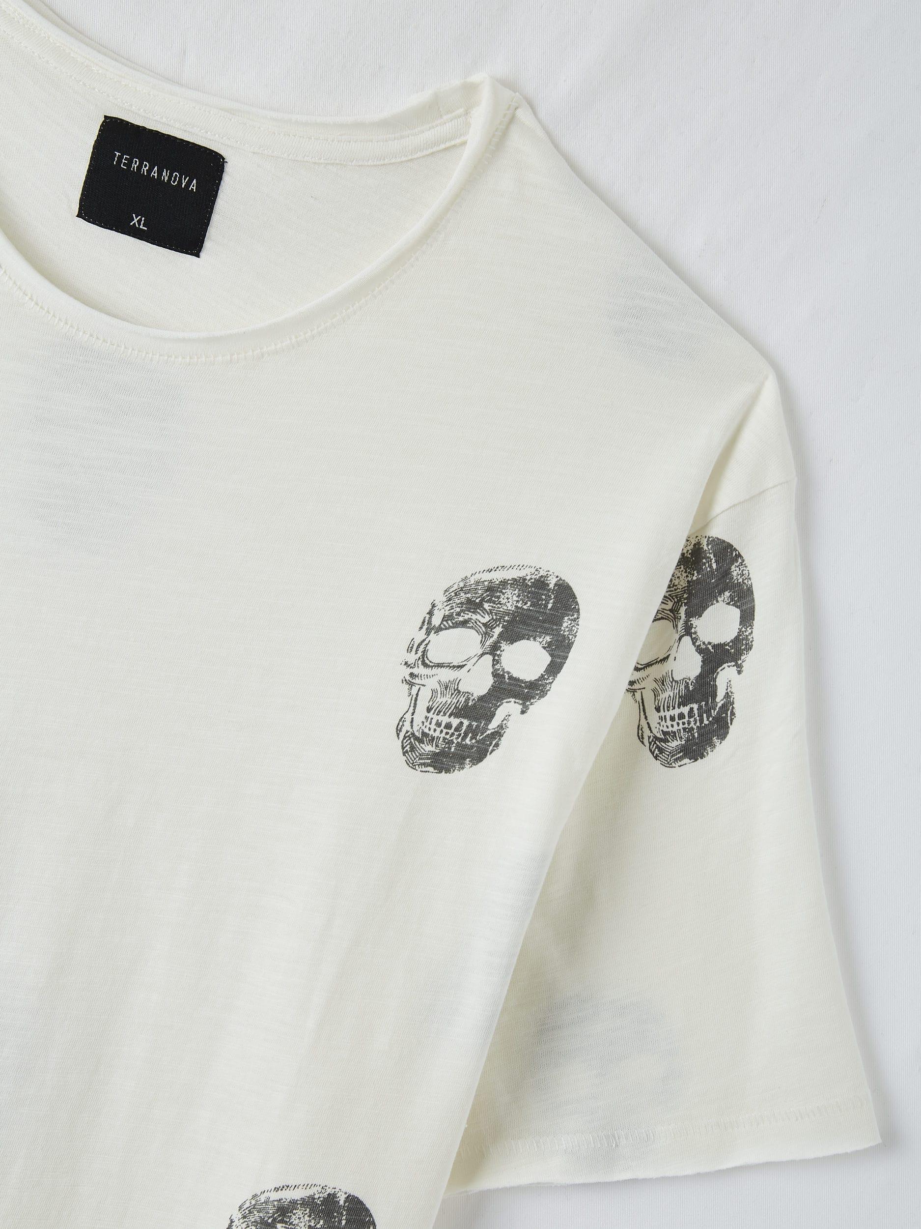 Var White Woll All Over Skull T Shirt Buy Online Terranova