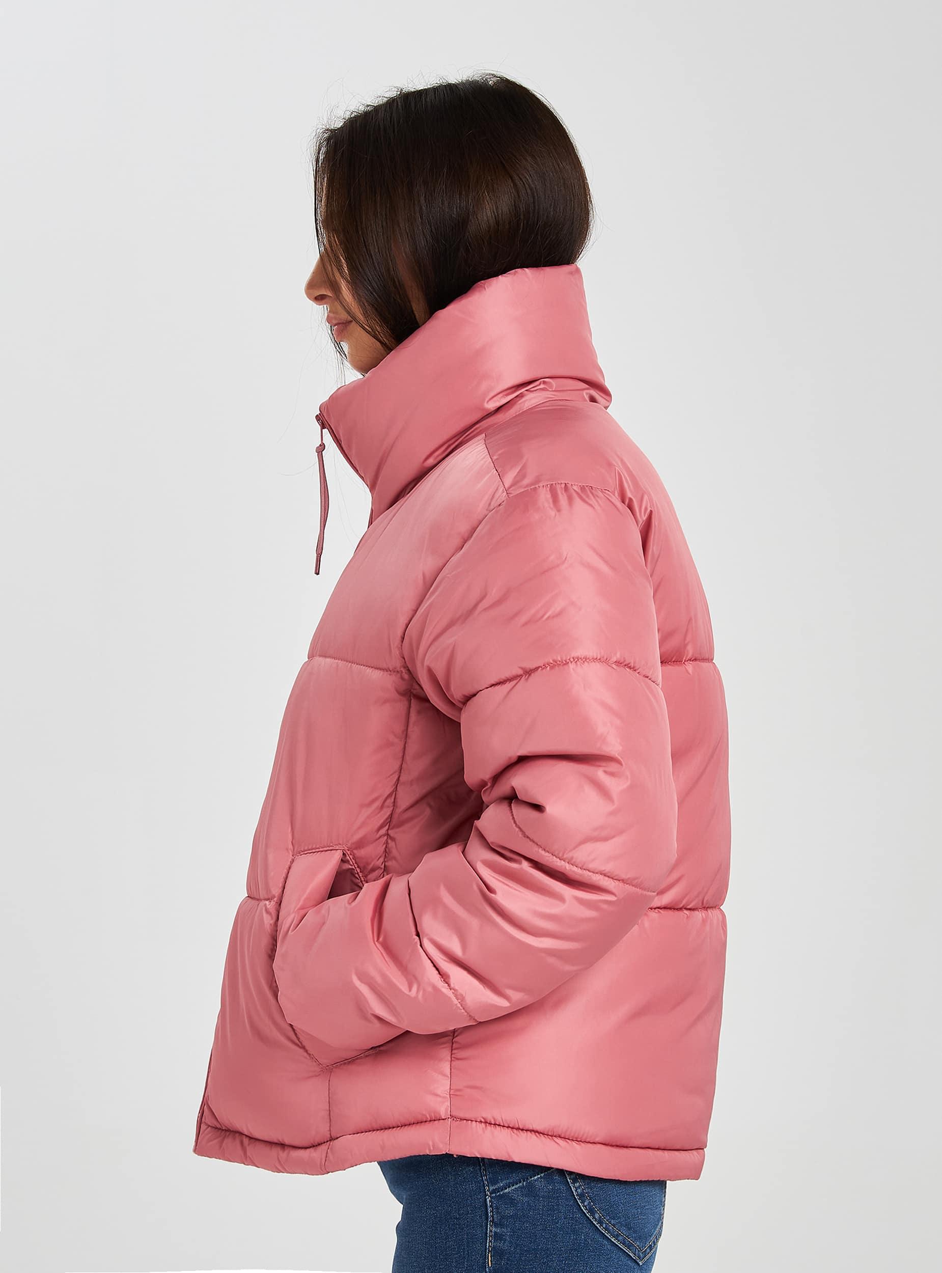 Rosa Puff-Daunenjacke mit hohem Kragen | Terranova